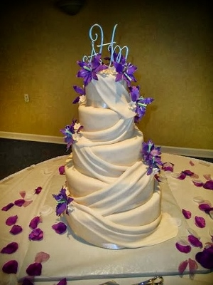 south bend bakeries wedding cakes cestlaviecakes 20297